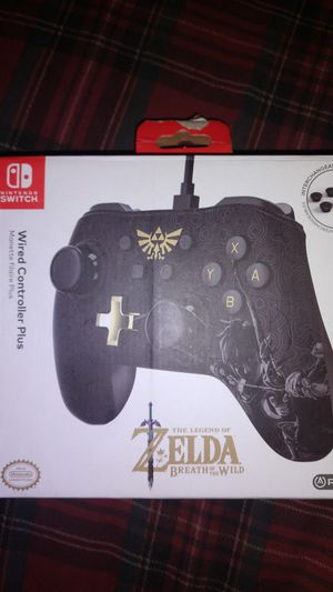 Nintendo Switch Zelda wired controller plus for Sale in Brooklyn, OH