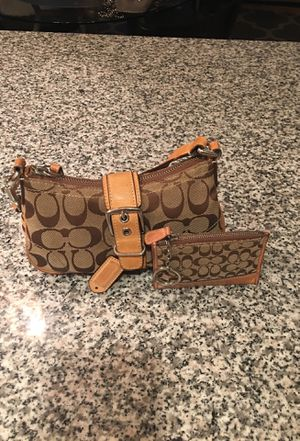 Authentic real Coach purse handbag 👜 with wallet not fake for Sale in San Diego, CA