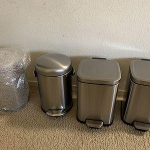2 Simplehuman 4.5L Mini step On Garbage Bin, 2 Costco for Sale in Redwood City, CA