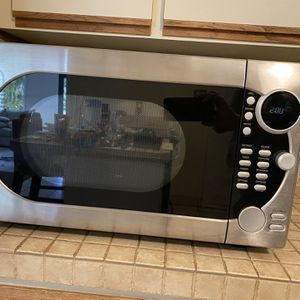 GE Countertop Microwave for Sale in Hollywood, FL