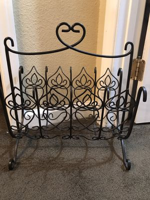 Wrought iron magazine rack $20 pick up in Canyon country crossposted MQ for Sale in Santa Clarita, CA