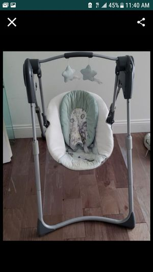 Baby trend Stroller / Graco swing for Sale in Orlando, FL
