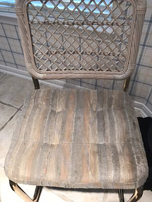 Kitchen/breakfast table for Sale in Sugar Land, TX
