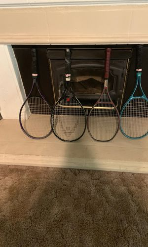 4 Nice Tennis Rackets With Bag for Sale in Clovis, CA