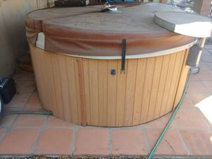 Free hot tub. Must remove. Condition unknown for Sale in Phoenix, AZ