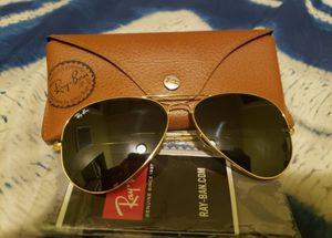 Rayban large aviators retail $150+ tax for Sale in Los Angeles, CA