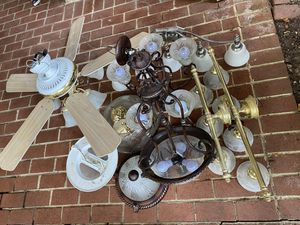 Ceiling fan + set lamps free for Sale in Lorton, VA