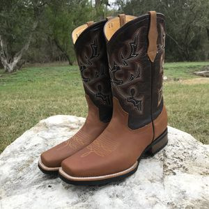 Rodeo Crazy Miel - Work Sole - 100% Leather! ROMAN BOOTS!! Delivery Service Included!!! for Sale in San Antonio, TX