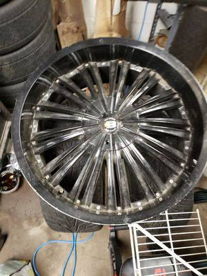 """22"""" rims with tires 6 lugs for Sale in Chicago, IL"""
