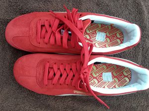 Red Pumas mens size 9 for Sale in St. Petersburg, FL