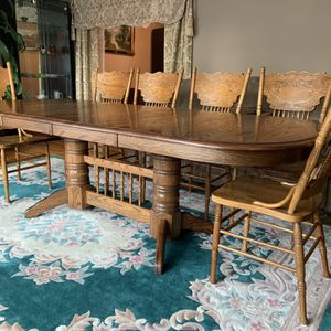 SOLID OAK TABLE with 10 CHAIRS! for Sale in Tacoma, WA