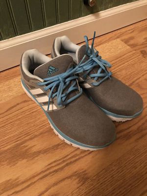 Adidas QT Racer women's sneakers for Sale in Shelby Charter Township, MI