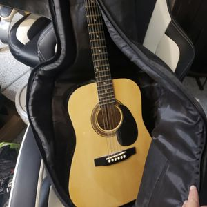 Guitar for Sale in Surprise, AZ