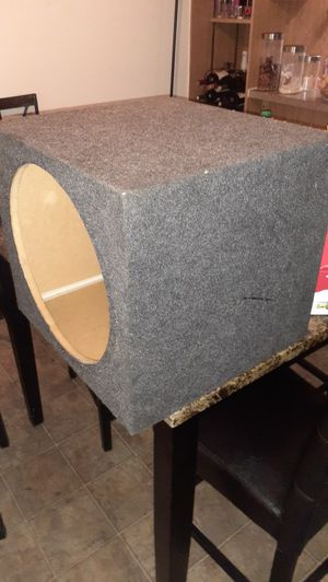 """15"""" inch box good condition for Sale in Glendale, AZ"""
