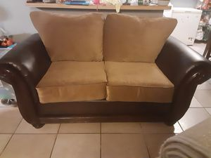 Couch for Sale in Hemet, CA