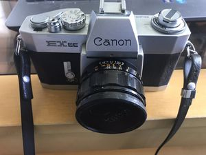 Canon EXEE 35mm manual film camera for Sale in Melrose, MA