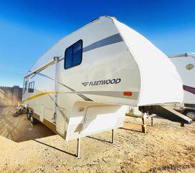 2007 26 ft Fleetwood Sleeps 6 for Sale in Glendale,  AZ
