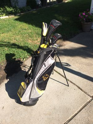 Left handed golf clubs for Sale in Grosse Pointe Park, MI