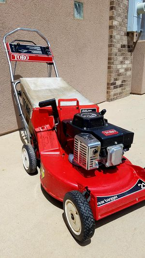 TORO COMMERCIAL LAWN MOWER for Sale in Evans, CO