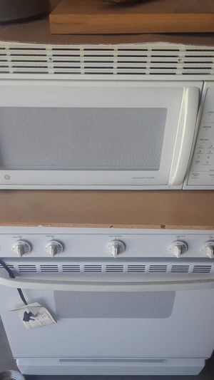 Microwave as well as conventional oven for Sale in Salt Lake City, UT