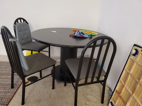 Leather Recliner, Dinning table + Forum with 2 Mattress