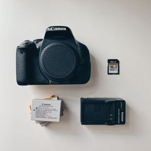 Canon EOS Rebel T3i, 3 batteries, charger, SD card for Sale in Los Angeles, CA