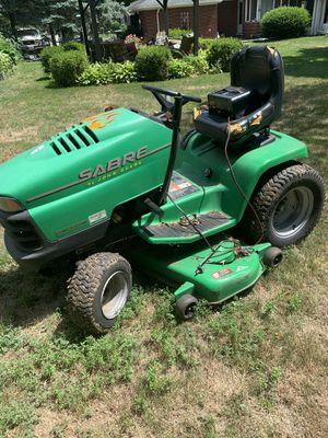 John deer Sabre lawn tractor 42in cut 18hp $325.00 for Sale in Dearborn, MI