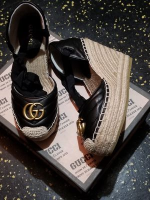Gucci Women's 39 US 9 for Sale in Houston, TX