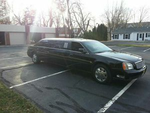 Nice Black on Black Cadillac Stretch Limousine low miles excellent condition. for Sale in Lorton, VA