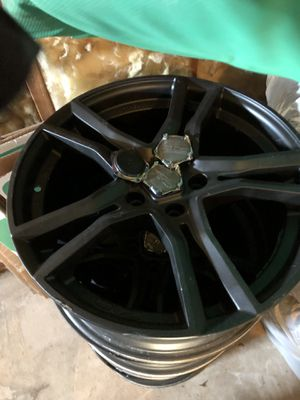 """A set of 4 18"""" OZ rims for Sale in New Britain, CT"""
