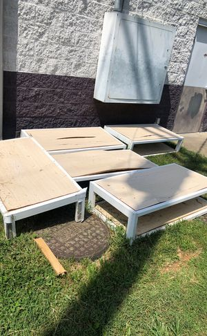 Free tables and slight wall for Sale in Nashville, TN