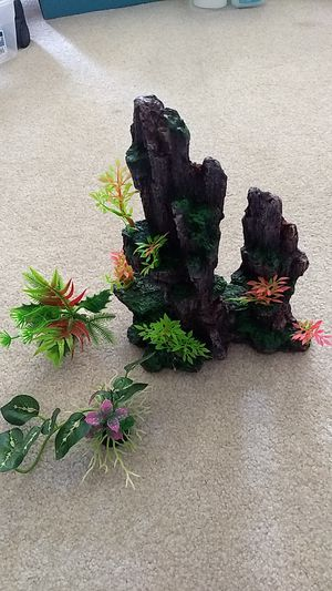 Aquarium Decorative Mountain & Small Artificial Plants for Sale in West Windsor Township, NJ