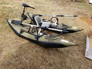 Inflatable fishing pontoon boat. for Sale in NJ, US