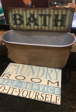 Metal Bath and Laundry signs with metal storage container for Sale in Forney, TX