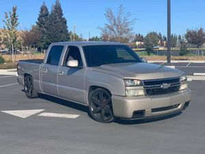 2005 Chevy Silverado for Sale in Fairfield, CA