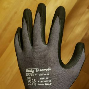 20 Pairs of Body Guard Safety Gear WORK Gloves (M/Medium) - Series 260LF for Sale in Rochester, NY