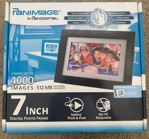 Digital Photo Frame for Sale in Whittier, CA
