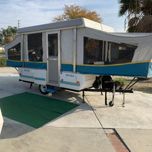 Pop Up Tent Trailer for Sale in West Covina, CA