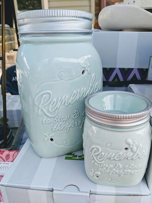 Scentsy wax warmers for Sale in Fort Hood, TX