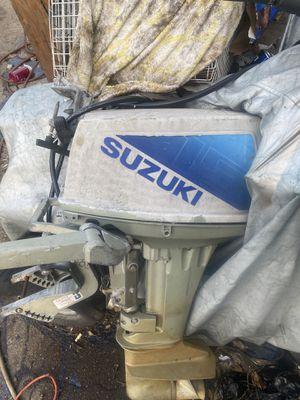 Boat motor 15 hp suzuki runs 2stroke. Need a lil tlc $300 for Sale in Whitman, MA