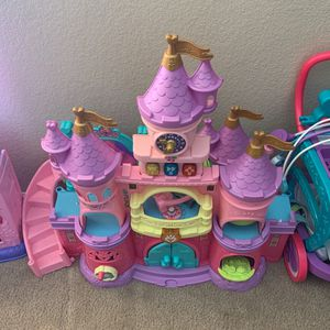 Toddler Princess Playset for Sale in Goodyear, AZ