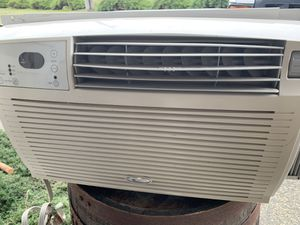 Whirlpool ac unit for Sale in Marysville, WA