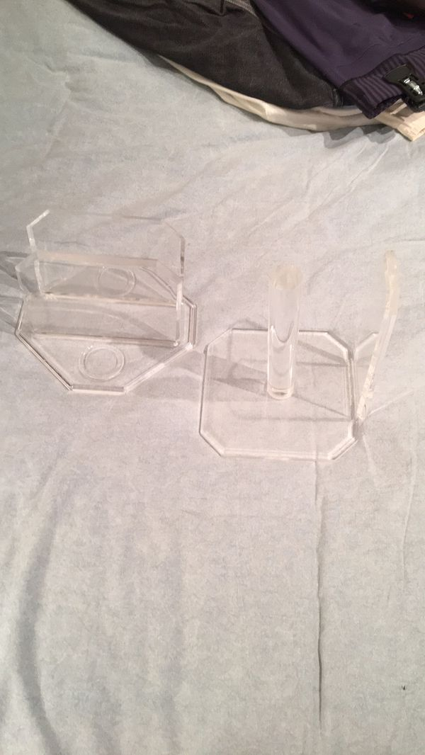 Genuine vintage acrylic lucite napkin & paper towel holder
