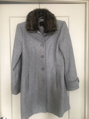 banana republic coat for Sale in Silver Spring, MD