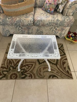 COFFEE TABLE/END TABLE/SIDE TABLE for Sale in Surprise, AZ