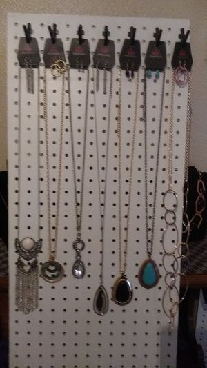 Paparazzi Jewelry 7 Neckles pick up only Porterville for Sale in Porterville, CA