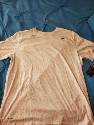 Mens Nike 2XL for Sale in Tacoma, WA