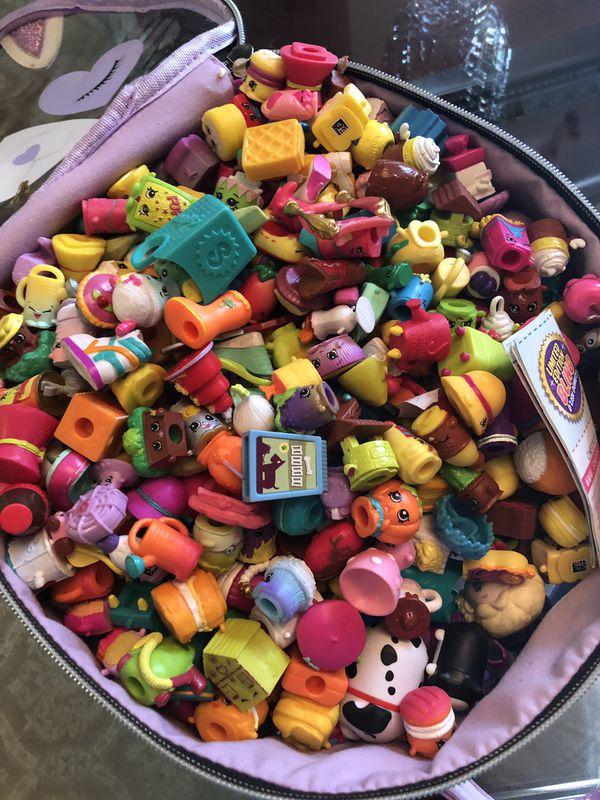 100 pieces shopkins plus basket