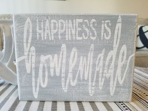 Happiness is homemade mini sign for Sale in Colton, CA