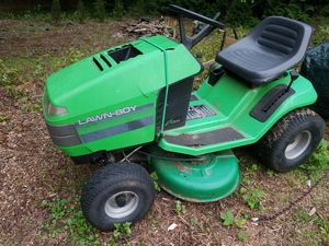 Lawn Boy Riding Lawn Mower for Sale in Bothell, WA